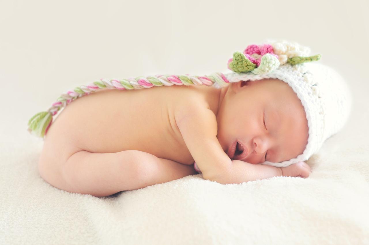малыш новорожденный